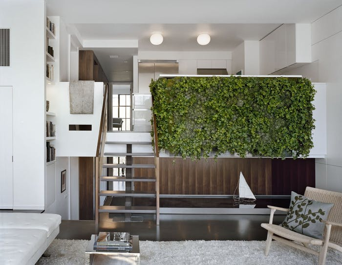 """Garden wall design covering the balustrade of a staircase.<span class=""""sr-only""""> (opened in a new window/tab)</span>"""