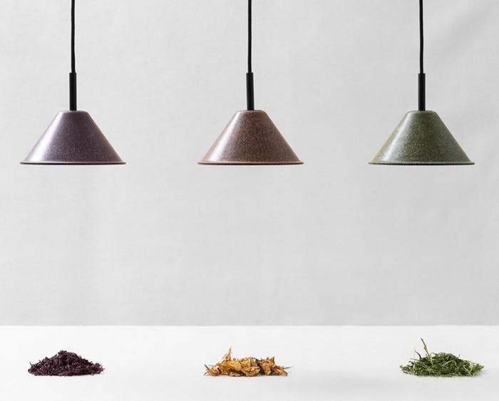 """Lamps made with biomaterials coming from the cultivation of hemp, tobacco and wine.<span class=""""sr-only""""> (opened in a new window/tab)</span>"""
