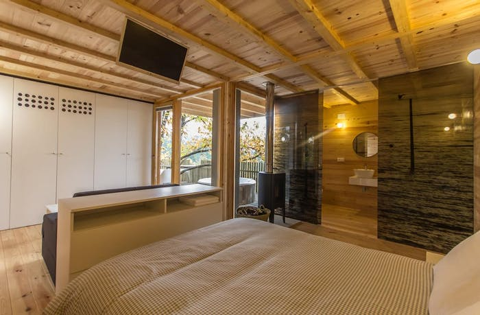 """Simple sleeping/living area.<span class=""""sr-only""""> (opened in a new window/tab)</span>"""