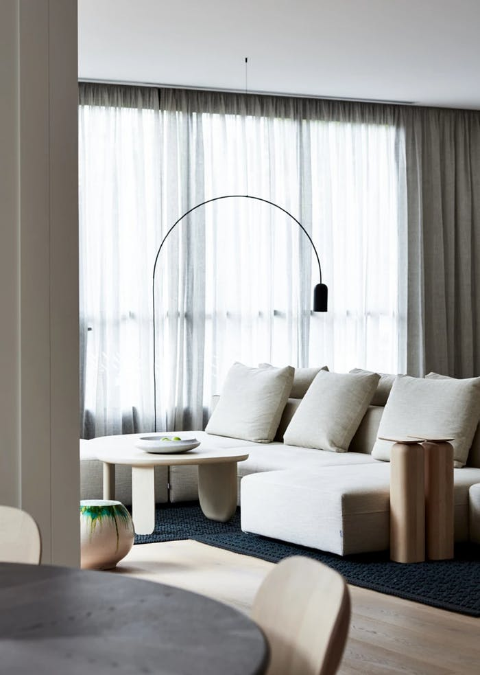 """A relaxing minimal living room design, perfect place to enjoy a moment of calm and silence.<span class=""""sr-only""""> (opened in a new window/tab)</span>"""