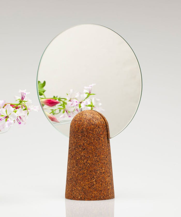 "Table mirror reflecting colourful flowers.<span class=""sr-only""> (opened in a new window/tab)</span>"