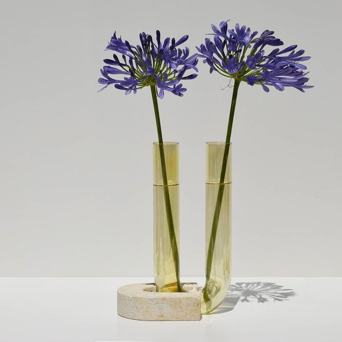 """Vase with flowers inside.<span class=""""sr-only""""> (opened in a new window/tab)</span>"""