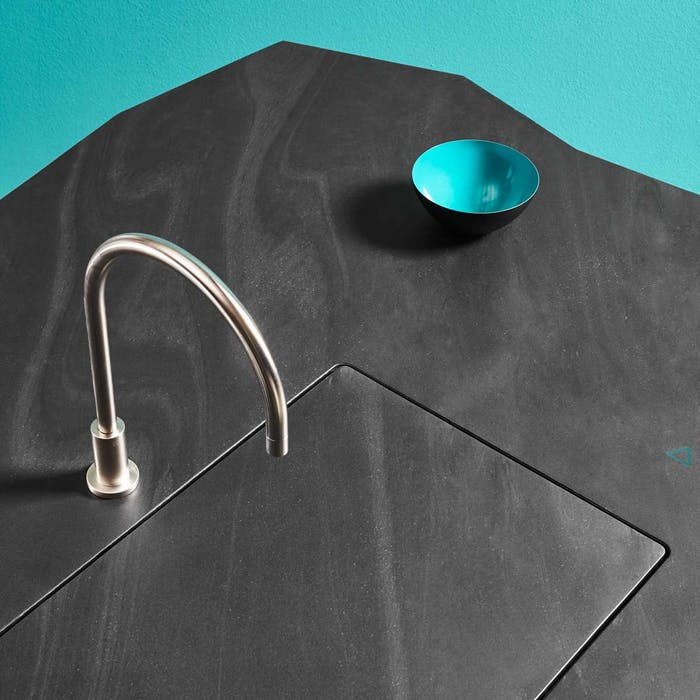 """Gesture-controlled kitchen sink, that lowers automatically leaving an invisible kitchen.<span class=""""sr-only""""> (opened in a new window/tab)</span>"""
