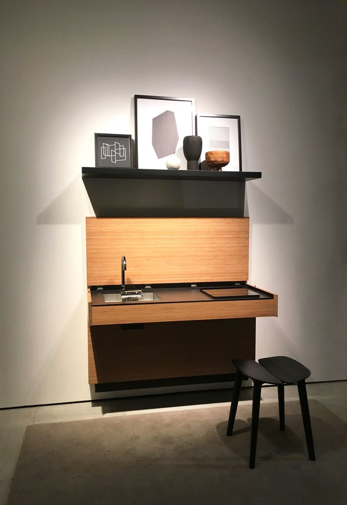 """Extra small invisible kitchen, perfect to create an open plan design in small spaces.<span class=""""sr-only""""> (opened in a new window/tab)</span>"""
